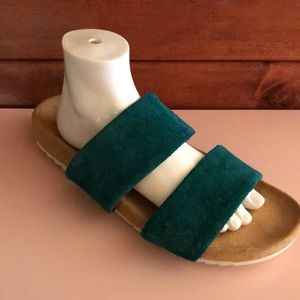 NEW Naturalizer Green Leather pool slides sandals